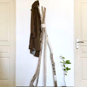 Tuto Porte Manteaux en bois flotté décoré de frivolité